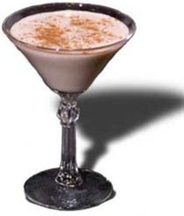 Алкогольный молочный коктейль